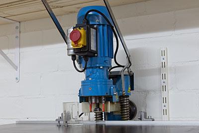 Scharnierboormachine